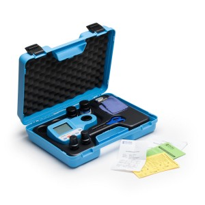 Hanna HI-96104C Kit with pH, Free & Total Chlorine and Cyanuric Acid Portable Photometer