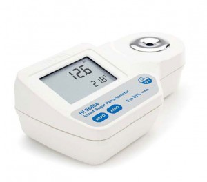 HI-96804 Refractometer for Inverted sugar 0 to 85% scale