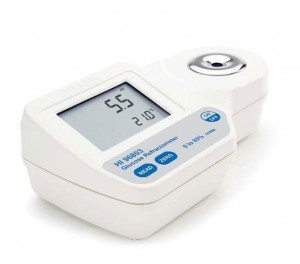 HI-96803 Refractometer for Glucose 0 to 85% scale