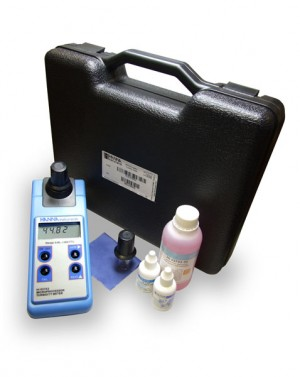 Hanna HI-93703C Portable Turbidity Meter kit